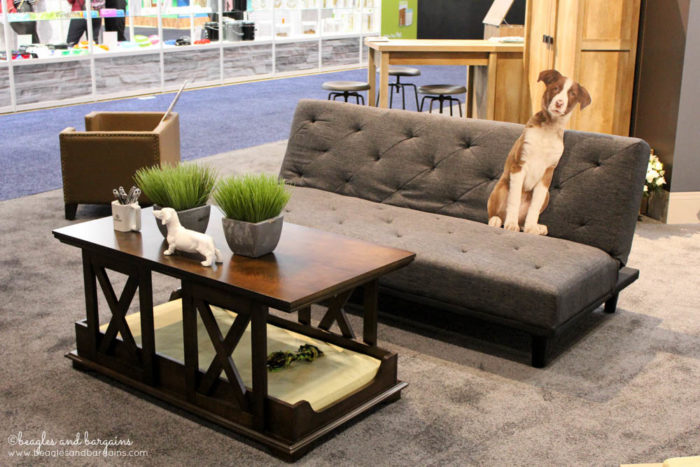 Top Pet Industry Trends for 2017 from the Global Pet Expo - Pets & Luxury - Pet Furniture