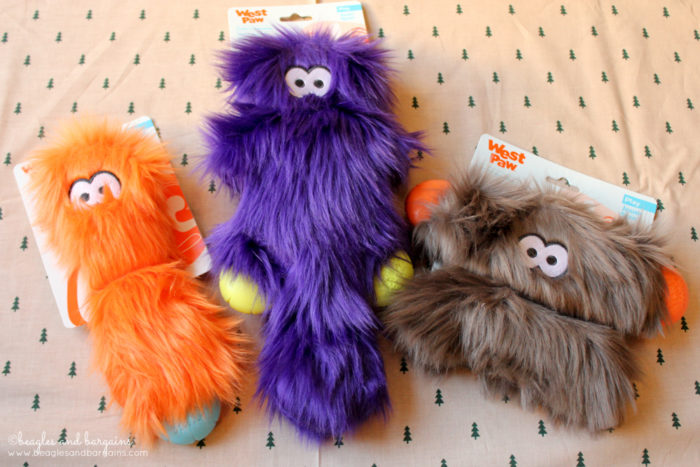 Why I Invest in Quality Made Dog Toys | Stocking Stuffer Giveaways | Win a West Paw Rowdies Dog Toy | #sponsored by West Paw