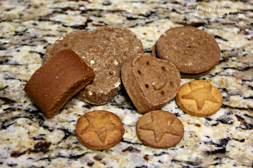 What is on the party menu? Peanut Butter & Molasses, Softies, Super Stars, and Doggie Cremes from Blue Dog Bakery.