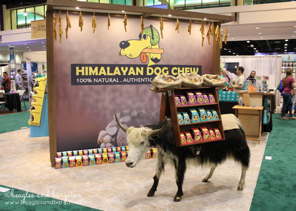 Yaks and Himalayan Dog Chews at Global Pet Expo 2015