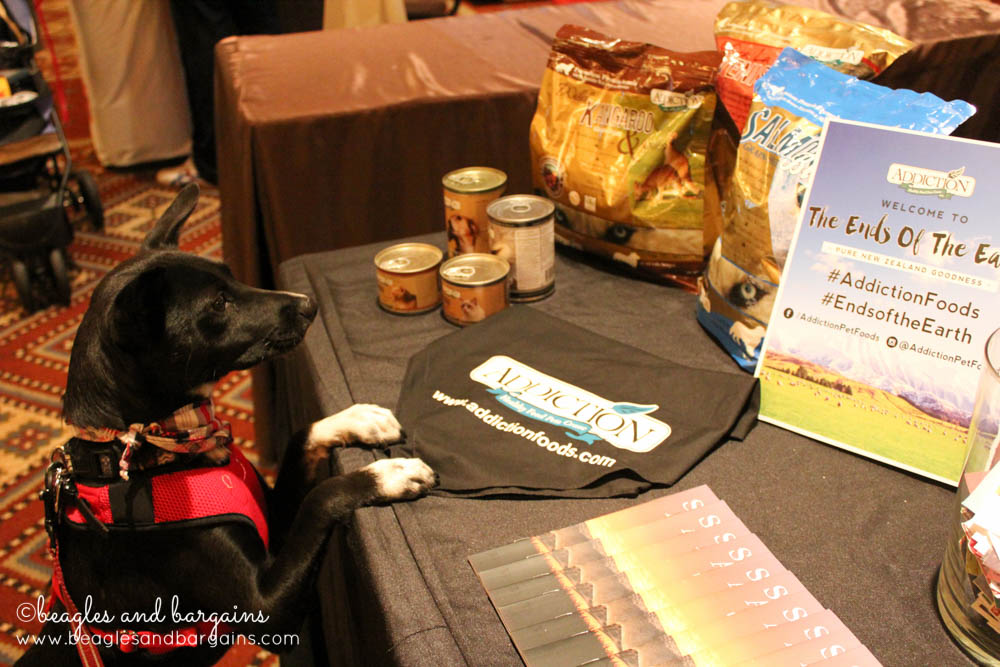 Ralph checks out Addiction, a pet food brand, while at BlogPaws 2016