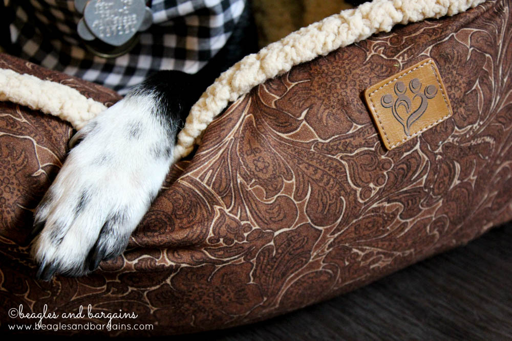 Ralph gives the MuttNation Lambswool Tooled Leather Printed Lounger four paws up!