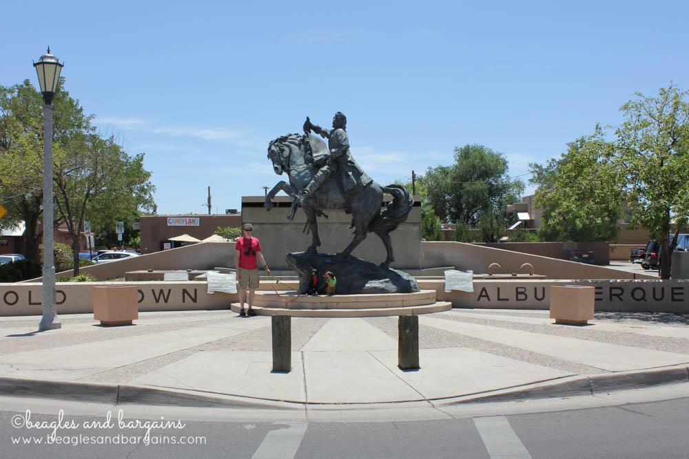 Luna and Ralph visit Old Town Albuquerque, NM - RoadTrippinBeagle