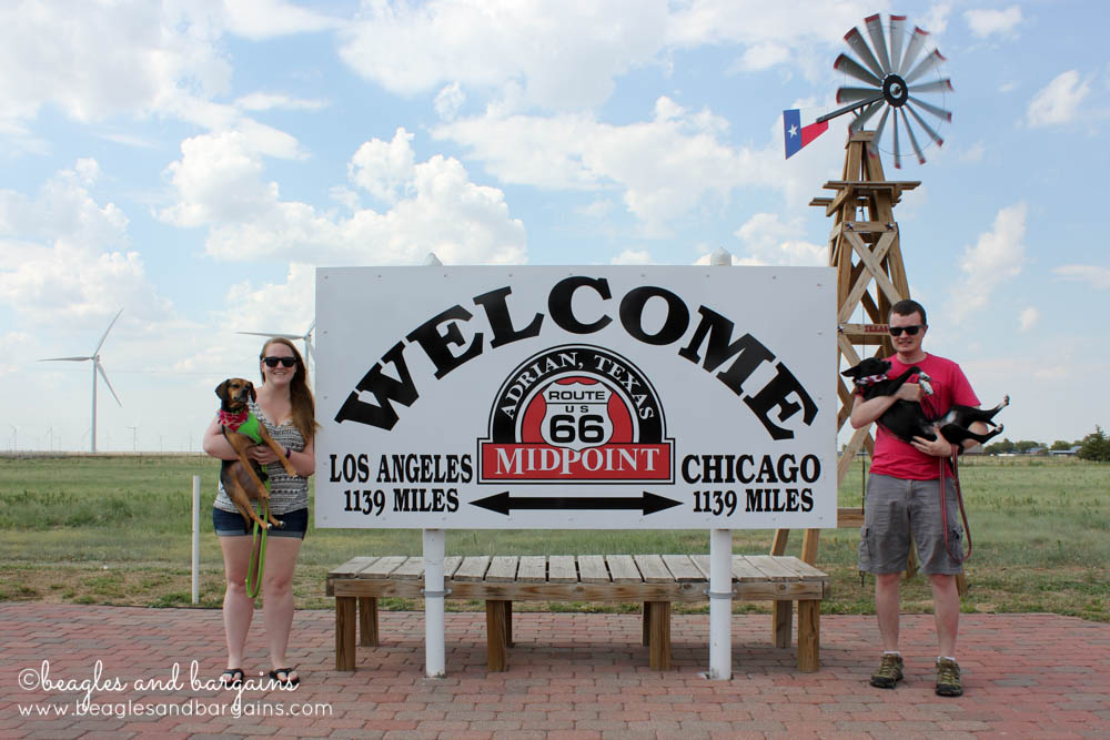 Luna visits the midpoint of Route 66 with her family.