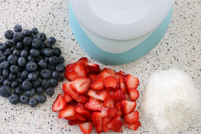 Refreshing Patriotic Frozen Dog Treats - Easy DIY Recipe {dog treat, Sleepypod, summer, strawberry, blueberry, coconut, pupsicle, popsicle, recipe} - #sponsored by Sleepypod